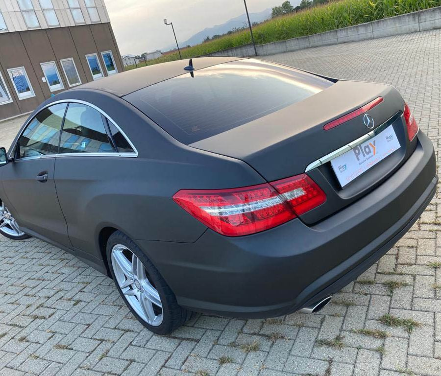Mercedes Classe E – Nero opaco